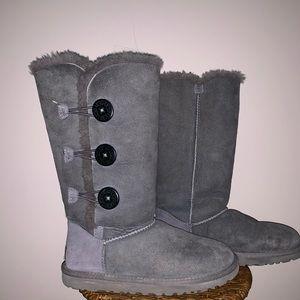 Lightly worn gray Ugg's